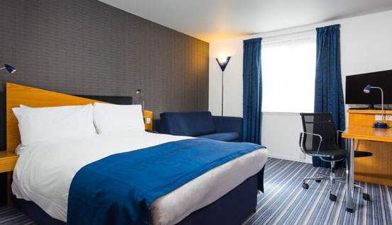 Holiday Inn Express Southampton West Room Image