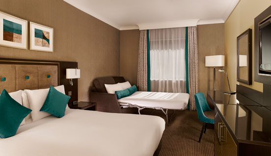 The Double Tree By Hilton Woking Room Image